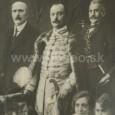 Július Cesnak (v strede)