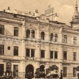na prízemí domu na Hlavnom námestí č. 23 prevádzkoval v minulosti holičstvo a kaderníctvi Matyás Knapp