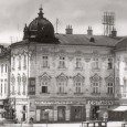 zberňa šatstva bola pôvodne umiestnená v Dolnej ulici - dom č. 15, neskôr v budove Tatra banky