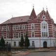 budova na Skuteckého ulici č. 8 (pôvodne štátna meštianska chlapčenská škola)