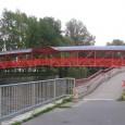 zastrešený most pre peších pri zimnom štadióne