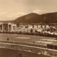 rok 1938 - sokolské športoviská na nábreží Hrona (v ľavej časti záberu vidno výstavbu vojenských bytov na dnešnom Hronskom predmestí)