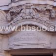 detail výzdoby portálu v Národnej ulici (riaditeľstvo uhorských kráľovských lesov)