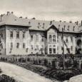budova mestskej nemocnice postavenej v rokoch 1900 - 1902 (záber z roku 1905), dnes je v objekte psychiatrické oddelenie nemocnice F.D.Roosewelta