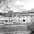 1991 - jediné dva zachované domy z bývalého Dolného námestia