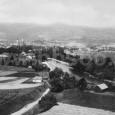 pohľad na mesto zo Srnkovej (na zábere vidno Mičinskú cestu a Horné hrable)