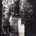 socha gen. M. R. Štefánika (rok 1942)