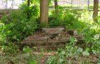 Čistenie starého evanjelického cintorína v Radvani