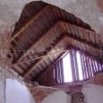 prepadnutá klenba kaplnky (2006)