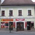 mäsiarstvo v Kapitulskej ulici č. 9 je v prevádzke dodnes (od roku 1947 až do znárodnenia tu prevádzkoval mäsiarstvo a udenárstvo majiteľ domu Ondrej Baran)