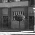 portál budovy so samostatnými vstupmi do ambulancii a kancelárii (1932)