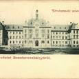 budova sedrie na pohľadnici fotografa Otta Lechnitzkého z roku 1899