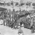 účastníci sokolského zletu na Hlavnom námestí v roku 1920