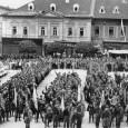 účastníci sokolského zletu na Hlavnom námestí v roku 1928